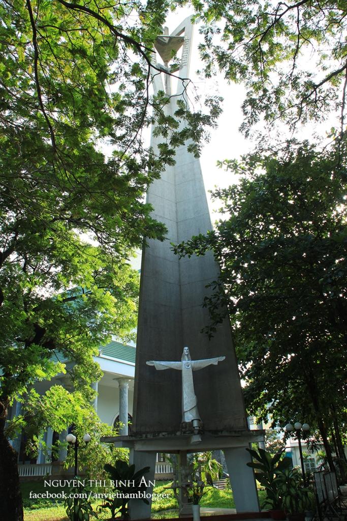 Dong Tien Church - Saigon Aug04 2015 (13)