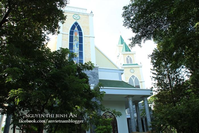Dong Tien Church - Saigon Aug04 2015 (16)