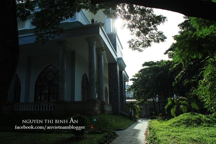 Dong Tien Church - Saigon Aug04 2015 (8)