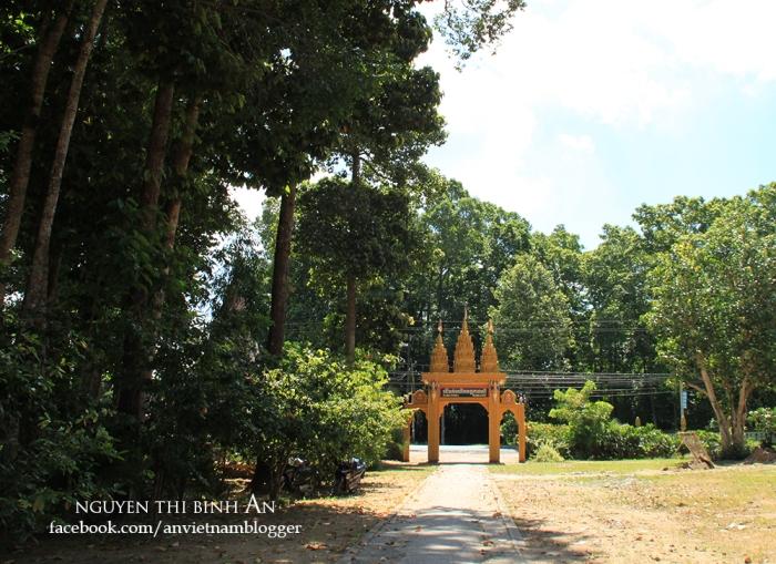 Sanghamangala pagoda - Vinh Long - Vietnam (1)