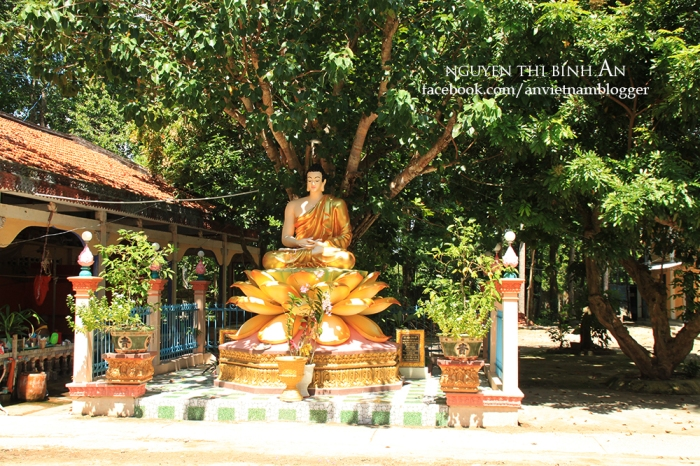 Sanghamangala pagoda - Vinh Long - Vietnam (5)